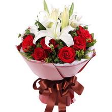 11枝红玫瑰,2枝多头白百合,黄莺丰满