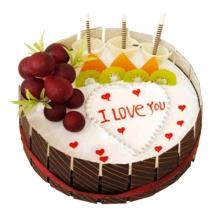 圓形水果蛋糕,時令水果裝飾,巧克力片外圍