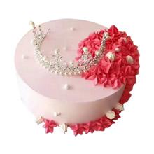 圓形鮮奶皇冠蛋糕,玫紅色精致奶油裱花,皇冠裝飾(皇冠裝飾已店里為準)