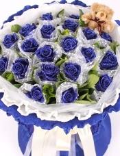 19朵蓝玫瑰深蓝色包装款二:(买即送1只小熊哦)