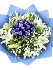 19朵蓝色蓝玫瑰百合花束