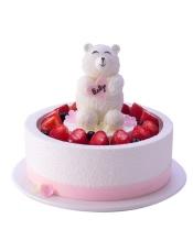 小熊:巧克力+原味戚风蛋糕+混合奶油 底层:果仁蛋糕+淡奶油夹心