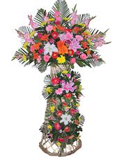 红玫瑰、粉玫瑰、剑兰、粉色香水百合、金黄色香水百合、各色太阳花、散尾葵、绿叶丰满