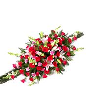 玫瑰,粉色多头香水百合,粉色康乃馨,紫罗兰,绿叶搭配