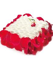 情侣蛋糕 玫瑰的环绕预示着异常炫丽的爱情,美味和爱意双收。 最佳食用温度:7℃,当天食用口感最佳。 储存条件:2-7℃冷藏保存