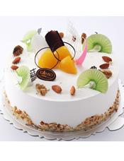 鲜奶蛋糕。原味蛋胚、布丁夹层、什锦水果夹层 等。