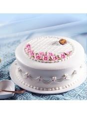 口味:鲜奶蛋糕,洁白雅致,细细点缀