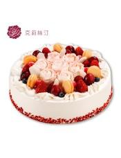 由戚风蛋糕胚、果冻、什锦水果、红提、草莓、蓝莓、樱桃等制作