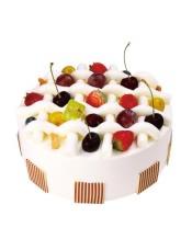 樱桃冻夹层乳脂奶油蛋糕