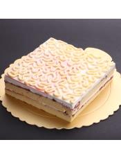 原材料:蔓越莓(台湾)、香草蛋糕体、巧克力(比利时)