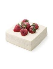 原材料:乳脂奶油(新西兰)、草莓、细砂糖(韩国)