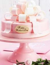 浪漫的粉红,点缀甜菜蜜的巧克力。