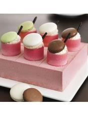 主要配料:香草蛋糕、覆盆子慕斯、黑樱桃、覆盆子果酱