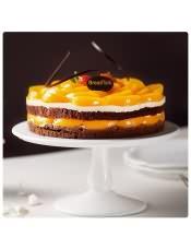 芝士慕斯配甜蜜�S桃,加上巧克力蛋糕胚和脆脆扁桃仁,�槟���砣�新趣味口感!