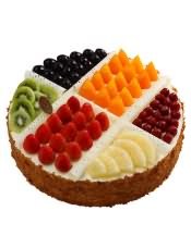 选用法国或英国天然稀奶油;搭配丰富的水果。