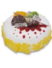 糕胚:原味坯 夹心:水果布丁 装饰:黄桃,火龙果,猕猴桃