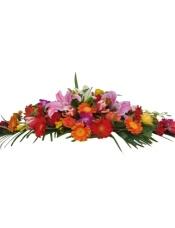 3枝百合,玫瑰、扶郎点缀,散尾叶、绿叶搭配