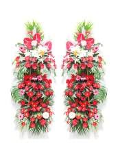 �t色扶郎花、粉色扶郎花、�t玫瑰、�t掌、多�^白百合,搭配�m量粉色金�~草、散尾葵、��背�~,�型 :���花�@
