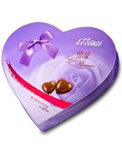 金帝情缘巧克力118g,榛子浆夹心巧克力。