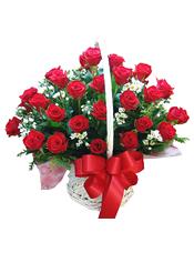 33枝�t玫瑰,白色小花、�G�~�g插