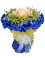 21枝粉玫瑰,情人草,黄英