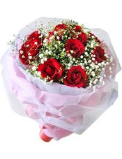 红玫瑰11只,搭配满天星丰满,水晶草点缀