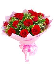 19枝红玫瑰,满天星点缀.