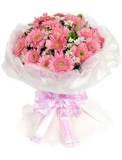 19枝粉色扶郎,白色小菊点缀,栀子叶丰满。