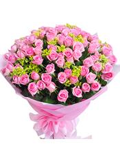 99支桃粉玫瑰,绿色配草
