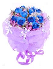 11支蓝玫瑰,紫罗兰点缀