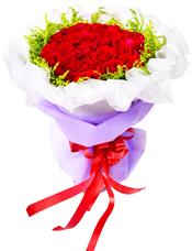 50枝红玫瑰,黄英围边