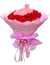 33枝粉玫瑰、66枝红玫瑰,随机搭配小熊一只