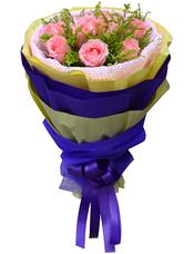 11枝粉玫瑰,黄英间插