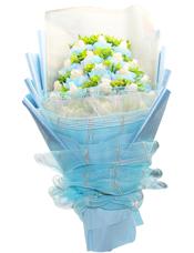 20朵白玫瑰独立精美包装,叶上黄金丰满