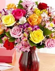 12枝玫瑰,10个配套秘鲁百合