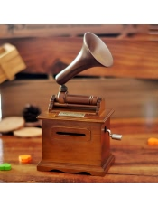 木质手摇留声机纸带音乐盒