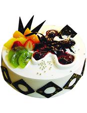 圆形鲜奶水果蛋糕,果酱、时令水果、巧克力片装饰