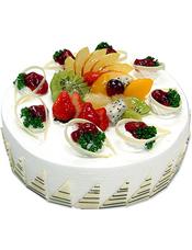 圆形水果蛋糕,时令水果装饰,白色巧克力围边