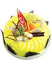 圆形鲜奶水果蛋糕,时令水果,巧克力拉丝和巧克力插片装饰