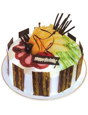 圆形鲜奶水果蛋糕,时令水果装饰,巧克力围圈