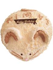 小老鼠形状的奶油蛋糕。(该款为艺术蛋糕,请提前咨询客服是否能做)