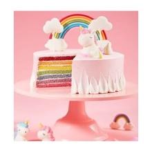 蛋糕图片:彩虹酸奶