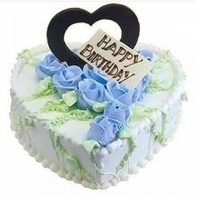 心形鲜奶蛋糕图片