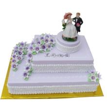 三层形婚礼鲜奶蛋糕图片