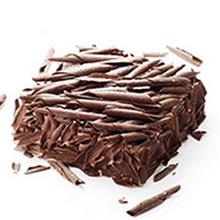 方形黑森林蛋糕,巧克力卷铺面,巧克力碎围边