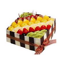 方形水果蛋糕,时令水果装饰