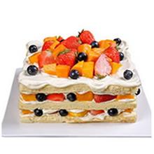 方形水果裸蛋糕,芒果、草莓(以时令水果为准)铺面,鲜奶、芒果、草莓等时令水果夹层(两层夹层)