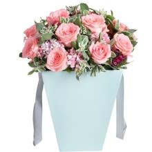 戴安娜粉玫瑰12枝,花桶款图片