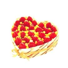 心形水果蛋糕图片