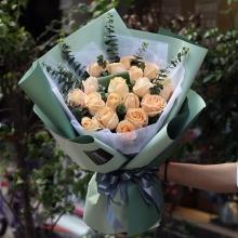 19枝香槟玫瑰图片